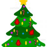 Albero con decorazioni natalizie